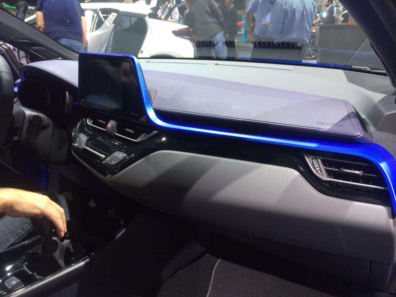 C-HR'ın iç mekanı önümüzdeki dönemde üretilecek yeni Toyota'larda da kullanılacak