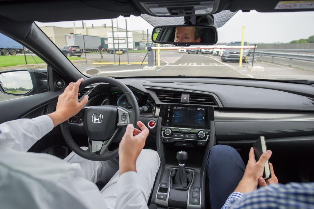 Yeni kasa Honda Civic içinde C segmenti arabaların tüm özelliklerini bulabileceksiniz