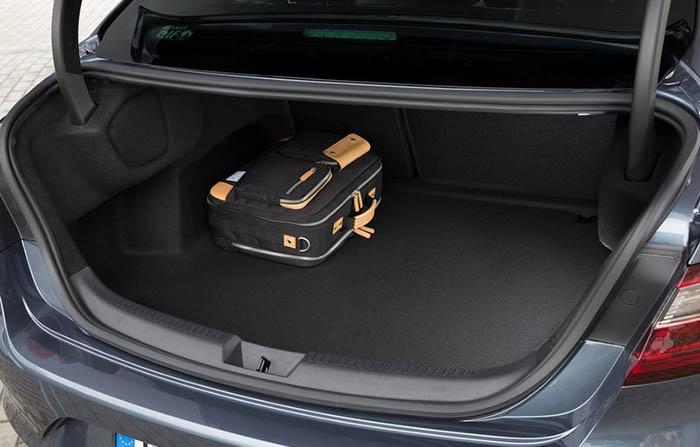 Yeni Renault Megane Sedan'ın bagajı