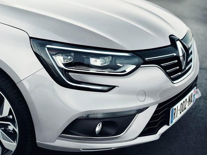 renault-megane_sedan-2017-800-41