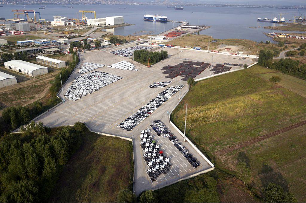 Otomotiv ihracatında limanlar başrolü oynuyor.