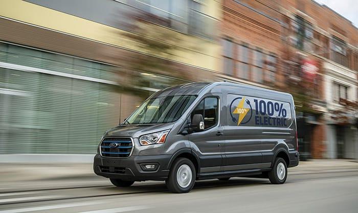 Ford-Elektrikli-e-Transit-ile-imzalandı