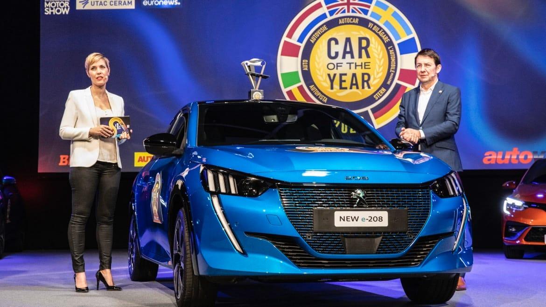 kadın dünyasında yılın otomobilli peugeot 208