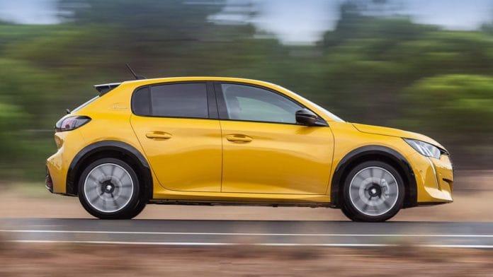 Avrupa'da en çok satılan modeller Peugeot 208